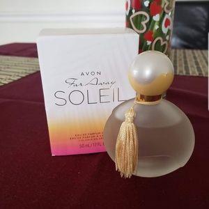 Avon Far Away Soleil